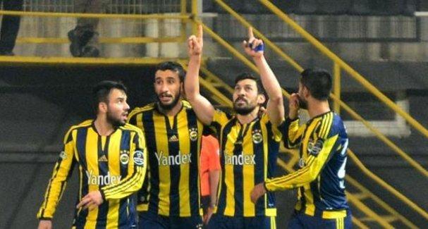 Fenerbahçe, lider Beşiktaş'ın takibinde