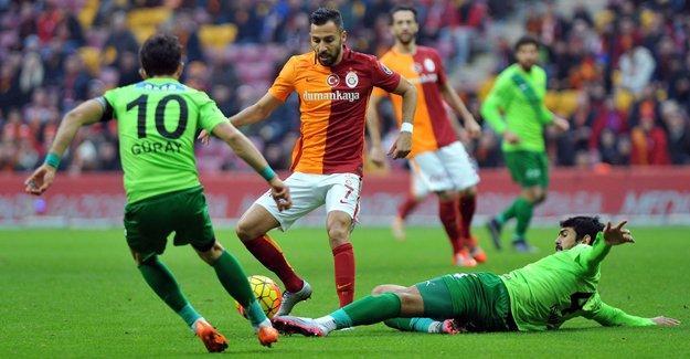 Galatasaray-Akhisar maçı saat kaçta, hangi kanalda?