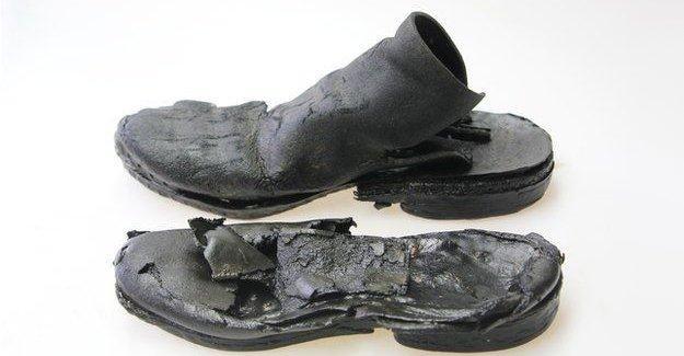İngiltere'de 700 yıllık deri ayakkabılar bulundu