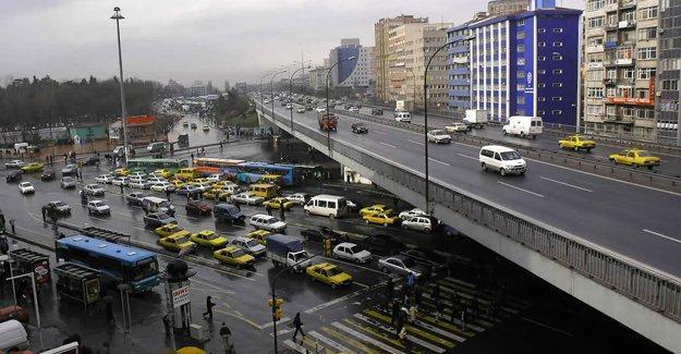 Mecidiyeköy'de 1 yıldan fazla sürecek trafik düzenlemesi