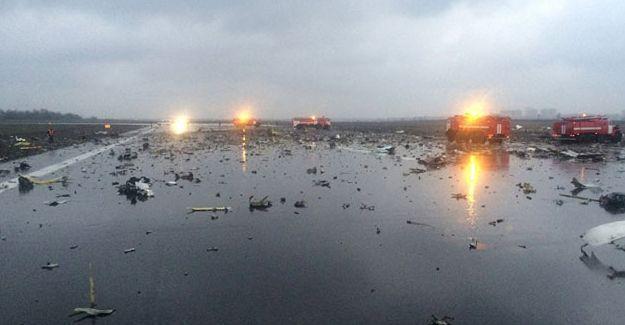 Rusya'da uçak kazası: 61 kişi hayatını kaybetti