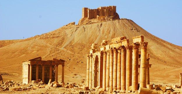 SANA: Palmira Kalesi'nin kontrolü Suriye ordusuna geçti