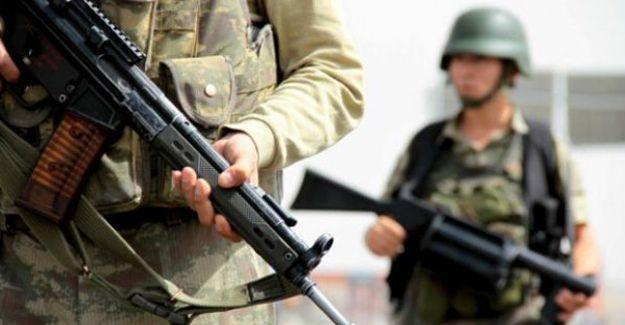 """Yüksekova, Şemdinli ve Çukurca """"özel güvenlik bölgesi"""" ilanı"""