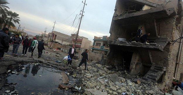 Bağdat'ta Şii camisine saldırı: 9 ölü, 25 yaralı