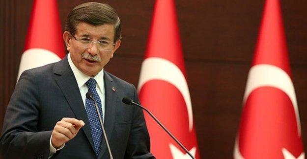 Davutoğlu'ndan 'yeni anayasa' açıklaması: Hedefimiz başkanlık sistemi