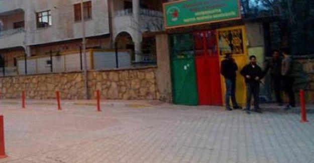 DBP Van il binasına polis baskını