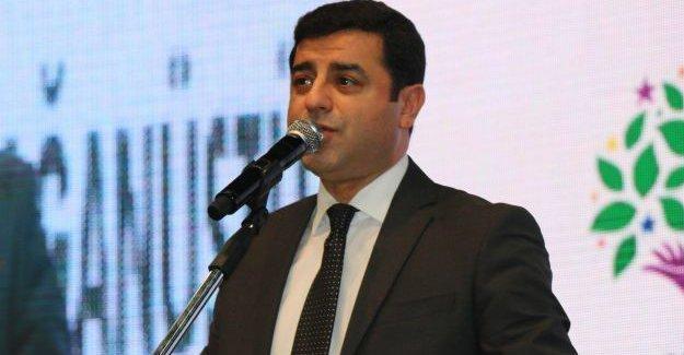 Demirtaş: AKP kaldırdı demeyecekler, CHP kaldırdı diyecekler