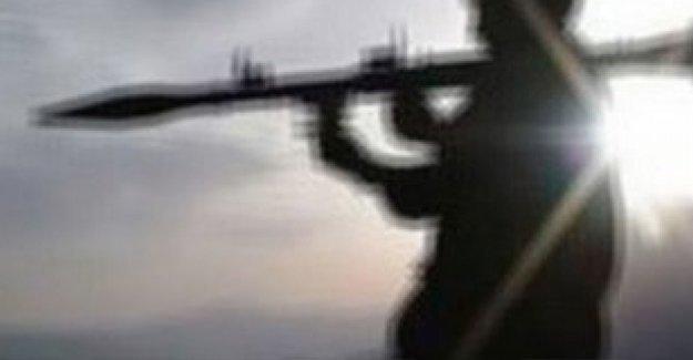 Diyarbakır'da asker ve polise saldırılar