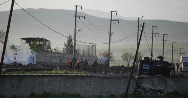 Diyarbakır Hani'de bombalı araçla saldırı
