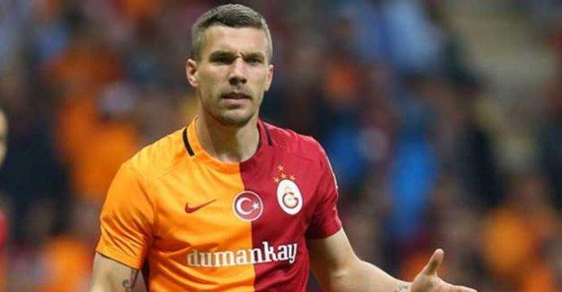 Galatasaray, 'paralel' operasyonu sonrası sponsoru Dumankaya'yla yollarını ayırdı