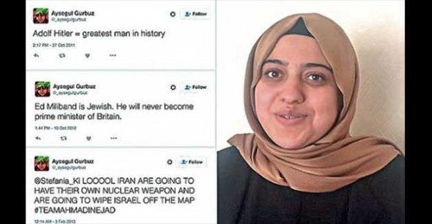 Hitler'i öven tweet görevden aldırdı