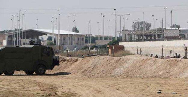IŞİD Antep'te karakola saldırdı