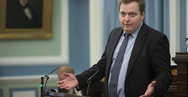İzlanda Başbakanı istifa etti