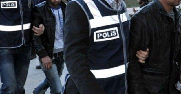 Antep'te 54 üniversiteli gözaltına alındı