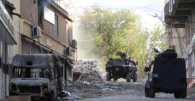 Nusaybin'de 3 asker yaşamını yitirdi 14 asker yaralandı
