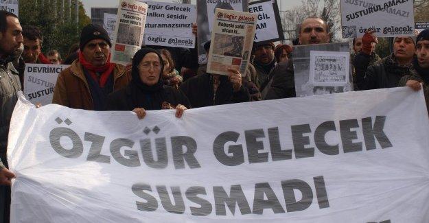 Özgür Gelecek'e polis baskını