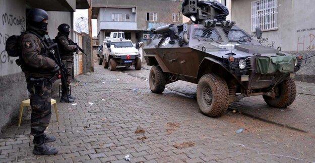 Şırnak ve Hakkâri'de iki asker hayatını kaybetti