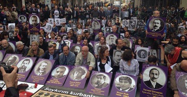 Taksim Tünel'de Ermeni Soykırım anması