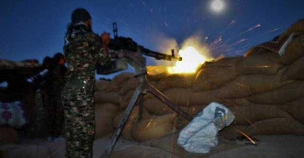 YPG: Şeyh Maksut'a saldırılar sürüyor; IŞİD ve Türkiye de Kobani'ye saldırıyor