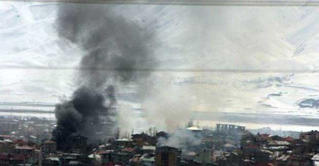 Yüksekova'ya aralıksız bombardıman
