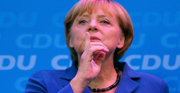 Alman aydınlardan Merkel'e soykırım tasarısı çağrısı
