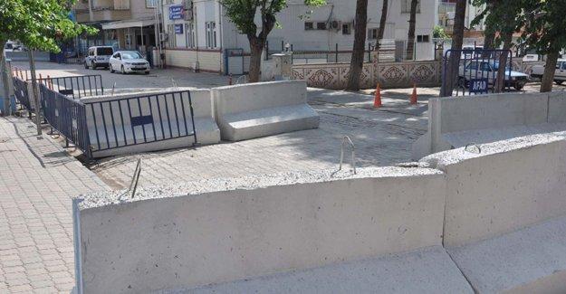 Antep'teki ilçe emniyet müdürlüğüne güvenlik önlemi