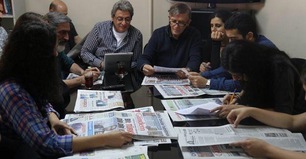 Celal Başlangıç: Türkiye'de gazetecilere iki seçenek bırakıldı