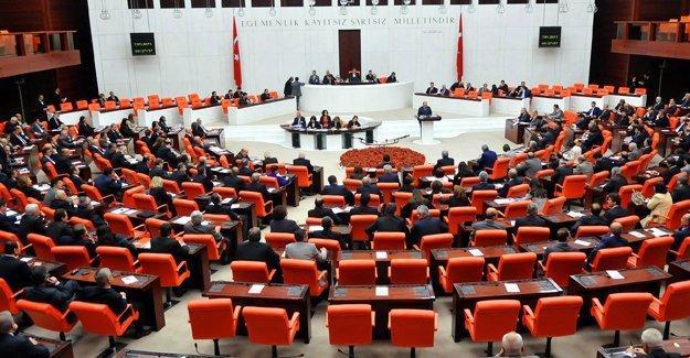 Meclis'te 'dokunulmazlık' oylaması: 348 'Evet'