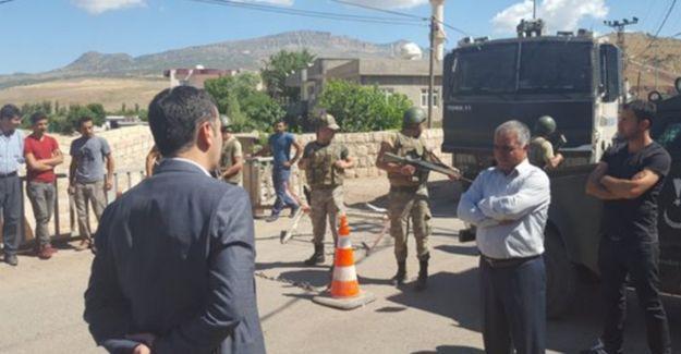HDP  Milletvekili Ferhat Encü kendi köyüne sokulmuyor