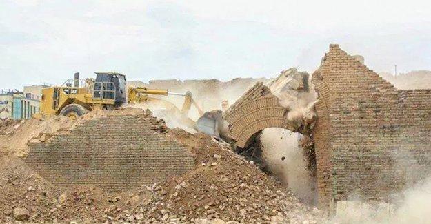IŞİD Maşki Kapısı'nın yıkım görüntülerini yayınlandı