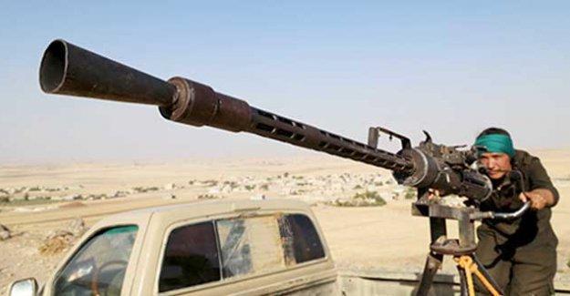 Kobani'de IŞİD ile YPG arasında çatışma