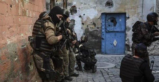 Özel Harekat Polisinden çocuklara taciz iddiası