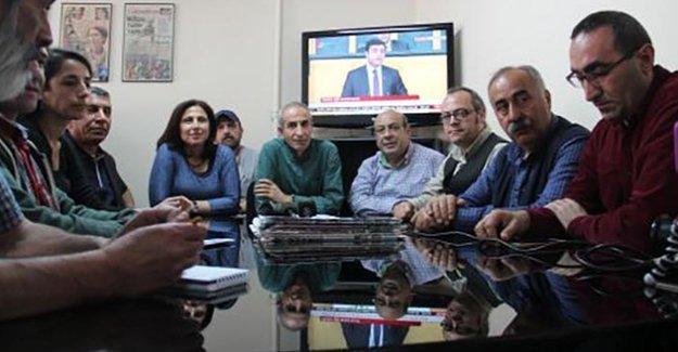 Özgür Gündem'in 5 nöbetçi genel yayın yönetmenine daha soruşturma