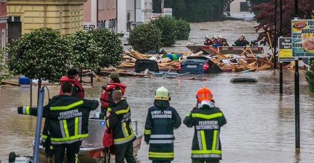 Almanya'da sel: 4 kişi boğuldu