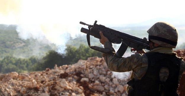 Bingöl'de çatışma: 2 asker hayatını kaybetti