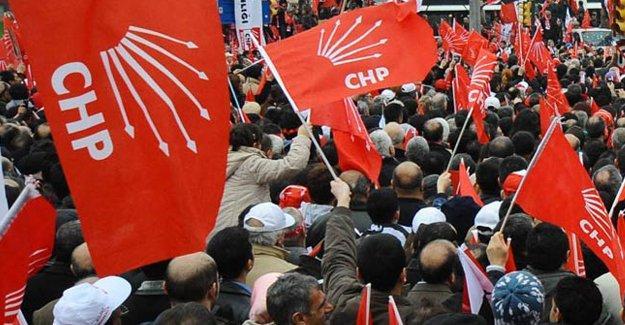 """CHP'de bir grup """"muhalif"""" bildiri hazırlığında"""