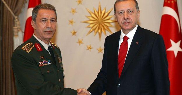 Erdoğan, Giresun'da düşen helikopterle ilgili Genelkurmay Başkanı Hulusi Akar'dan bilgi aldı