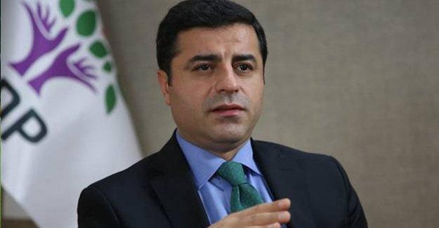 Demirtaş: Kürt halkı belediyelere atanacak memurları tanımayacaktır