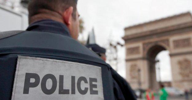 Fransa'da yolcu otobüsüne silahlı saldırı
