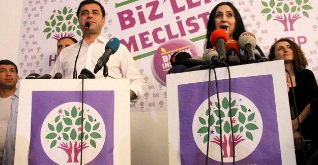 """""""HDP köşeye sıkıştırıldı, en büyük pay Erdoğan'ın"""""""