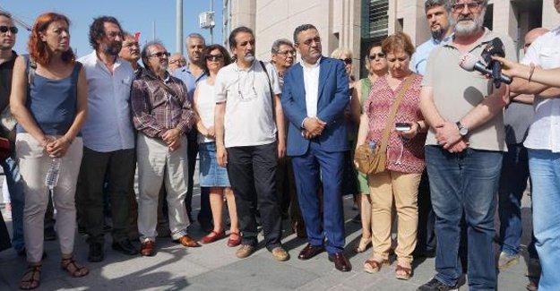 HDP'li Paylan ve CHP'li Tanrıkulu'ndan 'dayanışma tutuklamasına' tepki