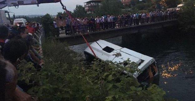 Osmaniye'de kaza: 13 öğrenci yaşamını yitirdi