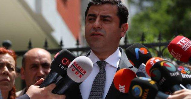 Demirtaş: Devlet, KCK ile görüşme yaptığım yeri bombaladı