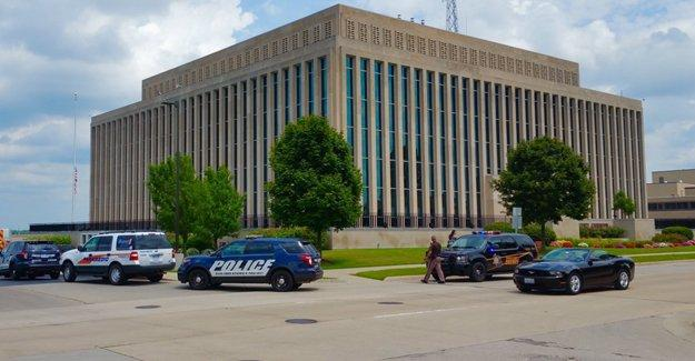 ABD'de mahkeme binasında silahlı saldırı
