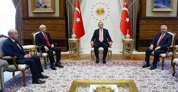 AKP, CHP ve MHP liderleri Cumhurbaşkanlığı Sarayı'nda
