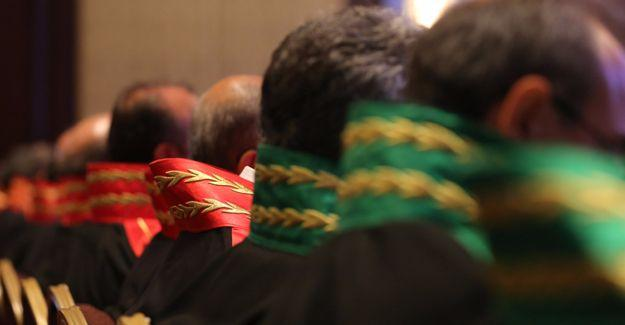 Aralarında AYM üyelerinin de bulunduğu 113 hakim ve savcı tutuklandı