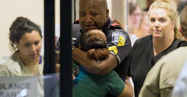 Dallas saldırısı: Şüpheli 'beyaz polisleri öldürmek istiyordu'