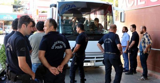 Maraş'ta 80 polis gözaltında
