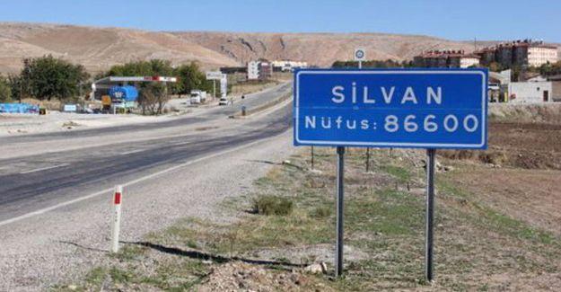 Silvan'da yasak genişletildi; çatışmalar yaşanıyor