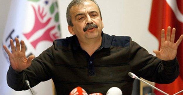 Sırrı Süreyya: Öcalan 'Çözüm süreci biterse darbe mekaniği devreye girer' demişti
